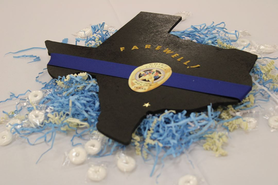 Texas table centerpiece with police logo